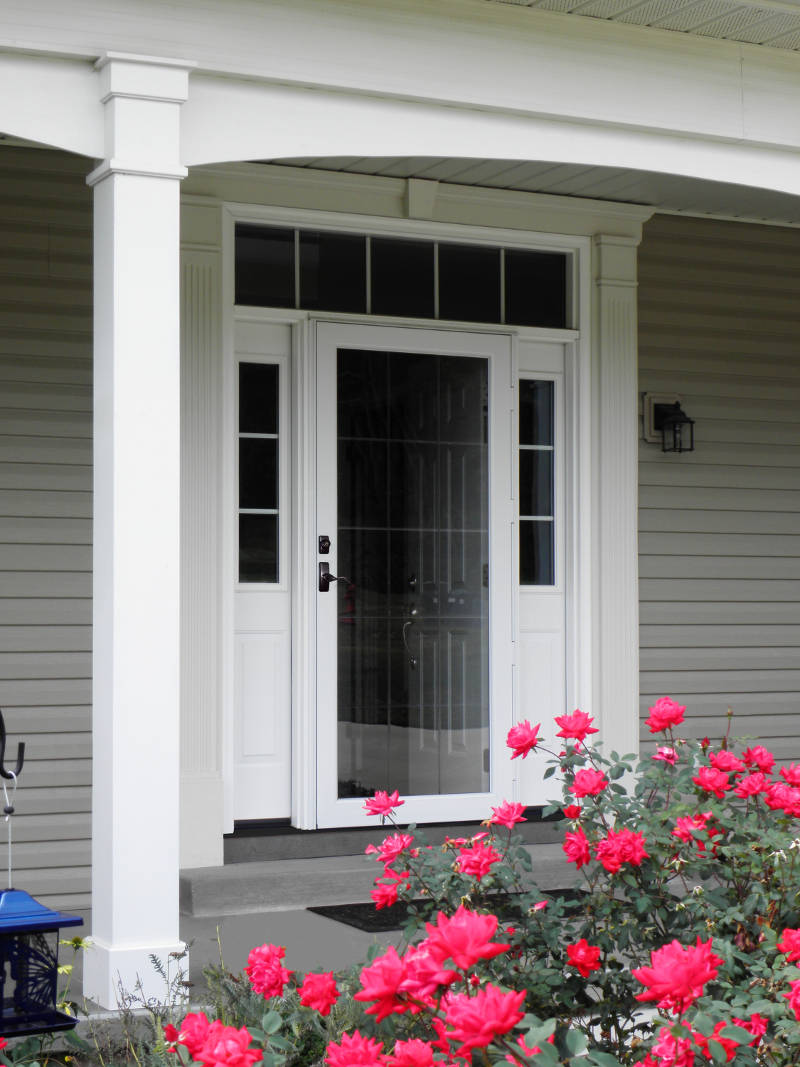 Storm Doors in Chicago - A Guide | Feldco Chicago
