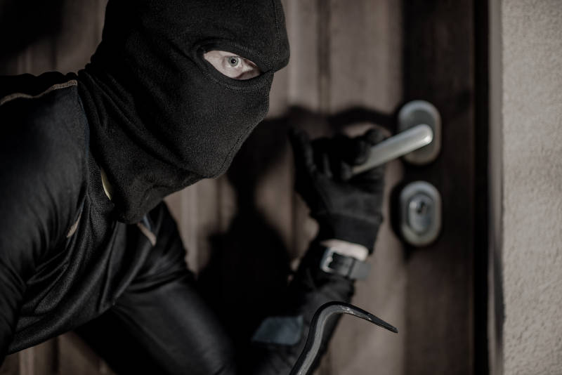 how to prevent home invasions