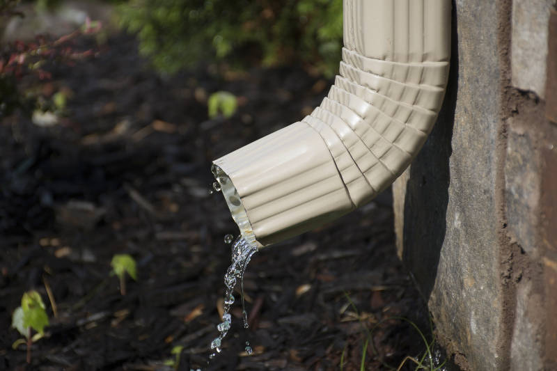 How To Get Your Gutters Clean Feldco Chicago