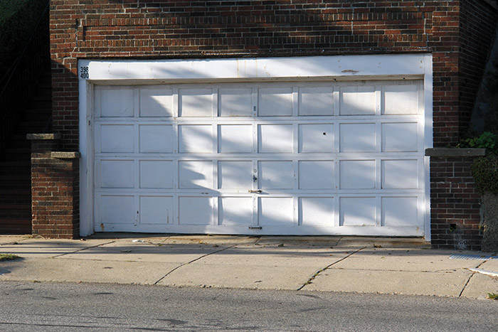 garage door alignment
