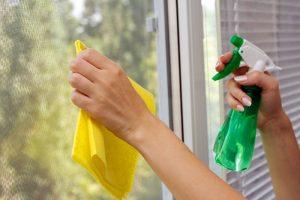how to get caulking off vinyl windows